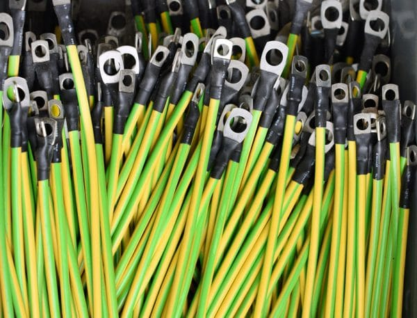 Lugs crimped to yellow and green wire